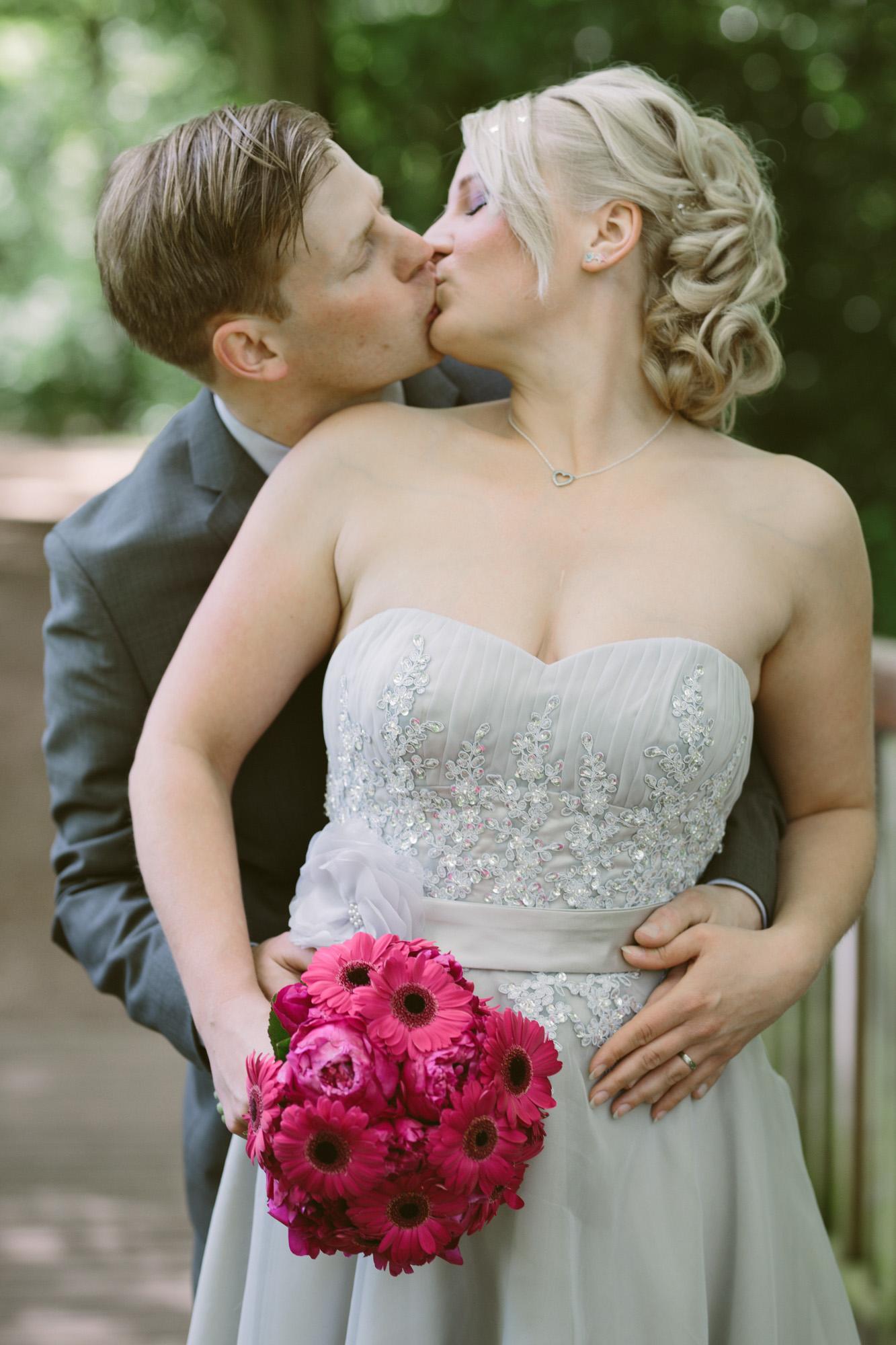 Claudia-Krawinkel-Hochzeitsfotografie-Essen-Duisburg-Standesamt-Schloss-Borbeck-21