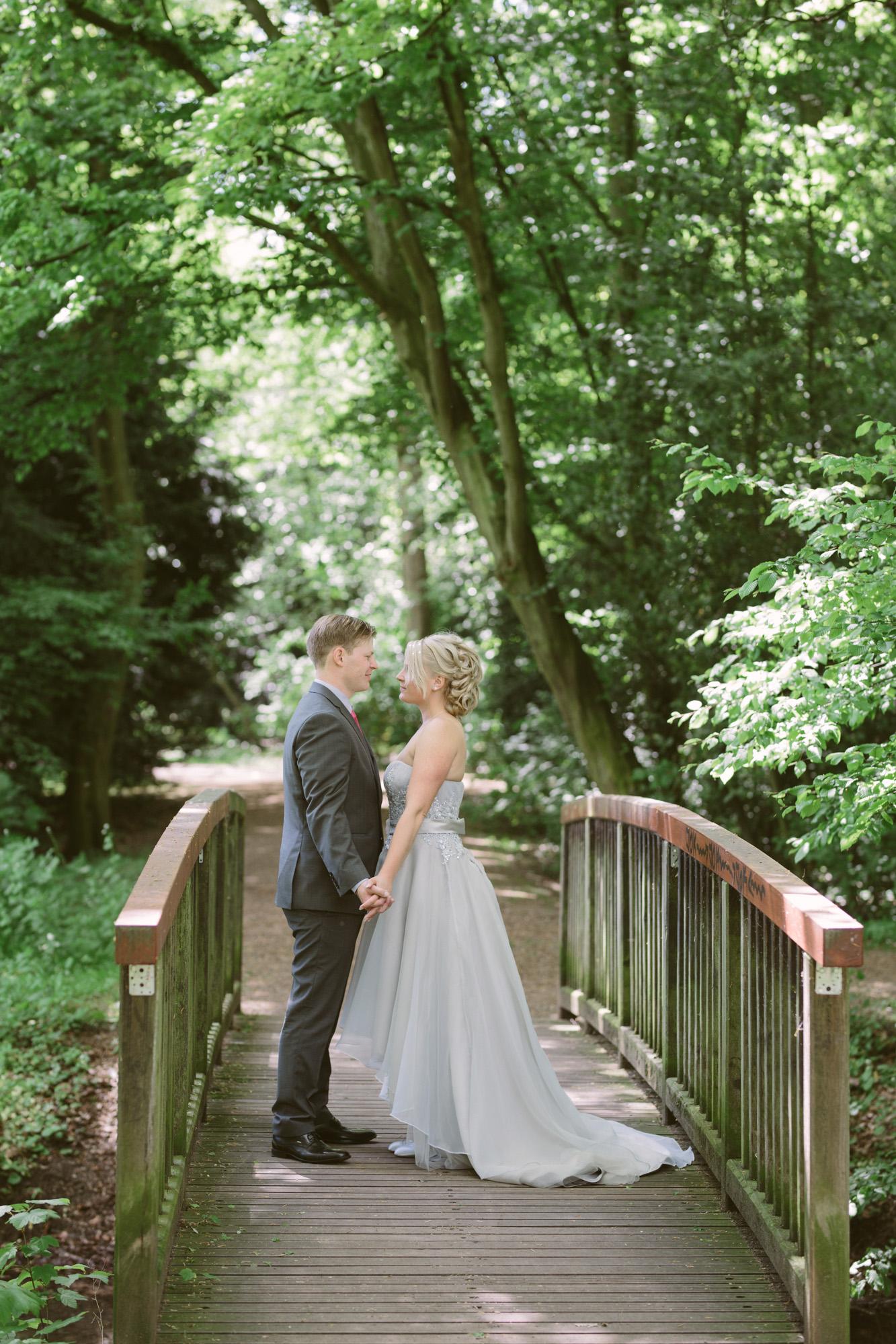 Claudia-Krawinkel-Hochzeitsfotografie-Essen-Duisburg-Standesamt-Schloss-Borbeck-22