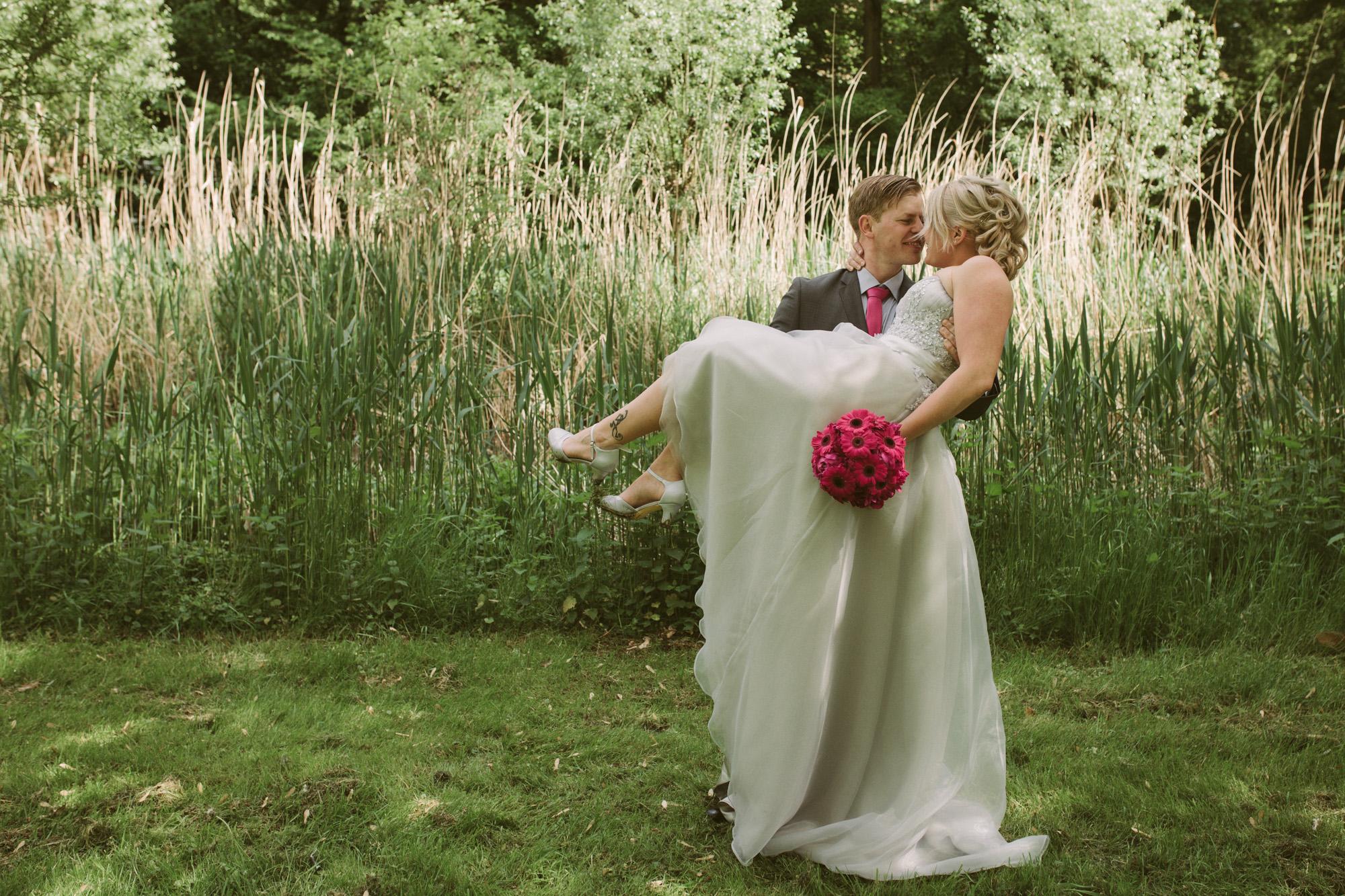 Claudia-Krawinkel-Hochzeitsfotografie-Essen-Duisburg-Standesamt-Schloss-Borbeck-37