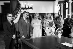 Claudia-Krawinkel-Hochzeitsfotografie-Essen-Duisburg-Standesamt-Schloss-Borbeck-12