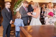 Claudia-Krawinkel-Hochzeitsfotografie-Essen-Duisburg-Standesamt-Schloss-Borbeck-9