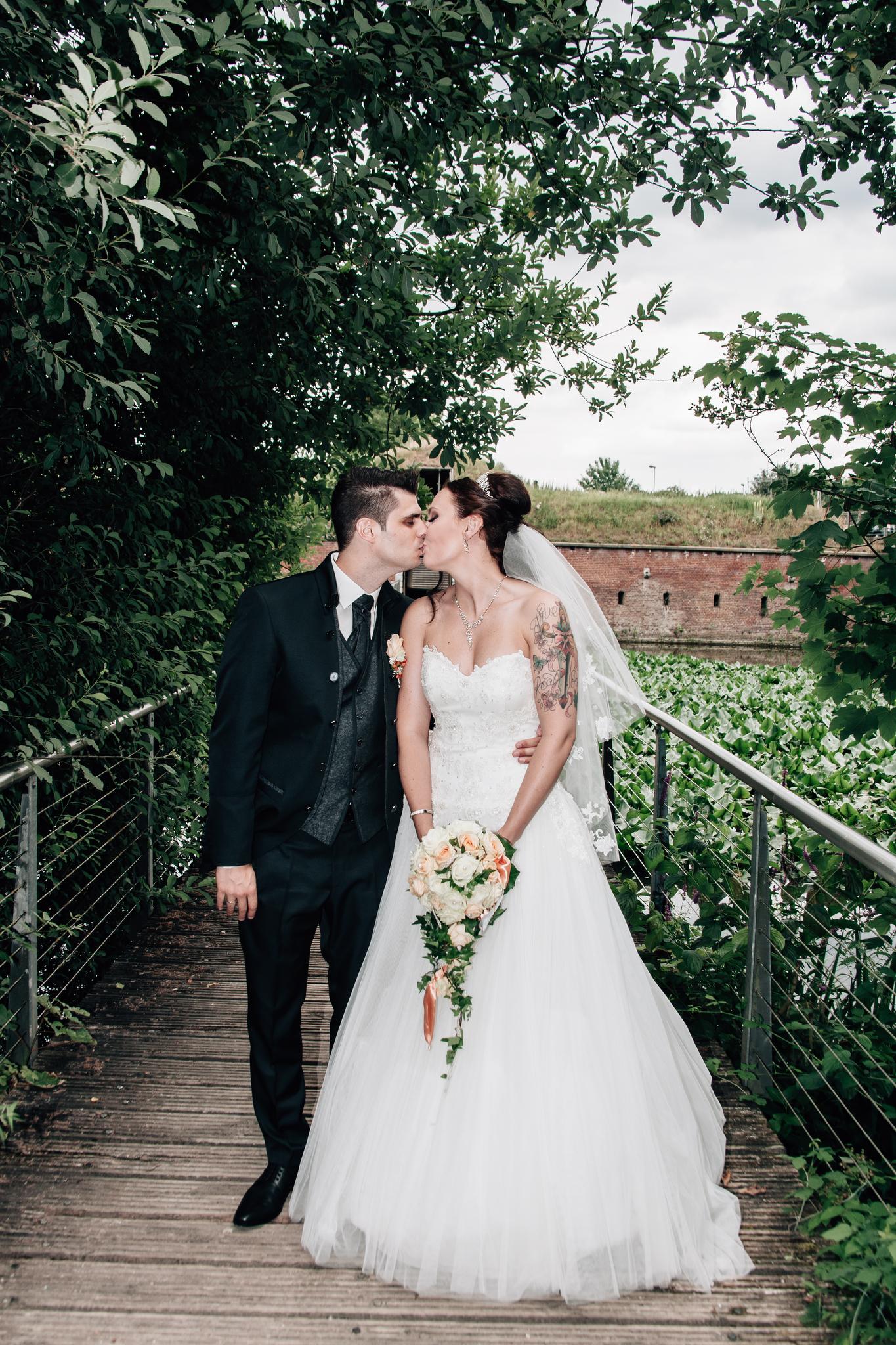 Claudia Krawinkel Fotografie Hochzeitsfotografie Hochzeit Blumenhalle im Brückenkopfpark Jülich Essen Düsseldorf Bochum Dortmund Mönchengladbach NRW Ruhrgebiet 76