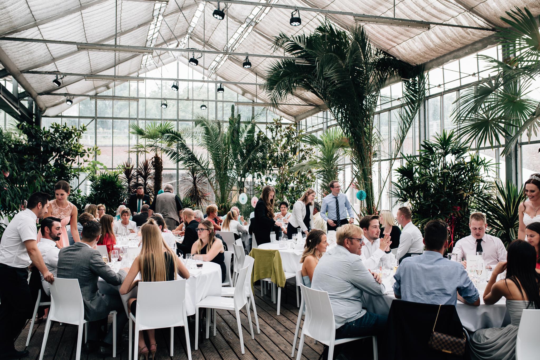 Claudia Krawinkel Fotografie Hochzeitsfotografie Hochzeit Blumenhalle im Brückenkopfpark Jülich Essen Düsseldorf Bochum Dortmund Mönchengladbach NRW Ruhrgebiet 91